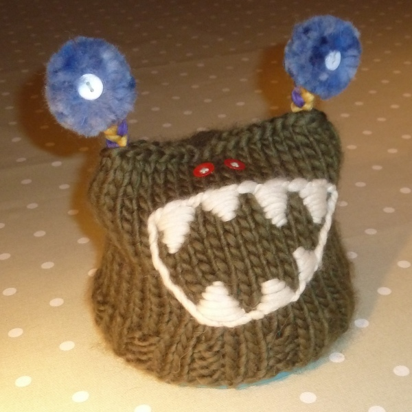 Kniiting pattern for kids fun monster hat - Ethical Kidz