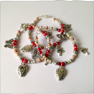 Charm Bracelet Berry Small
