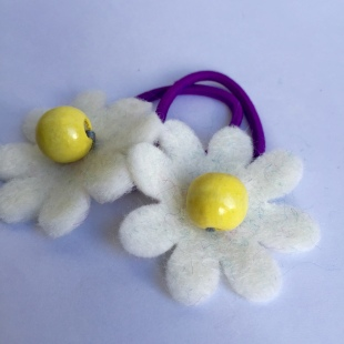 Daisy Fairtrade Bobble