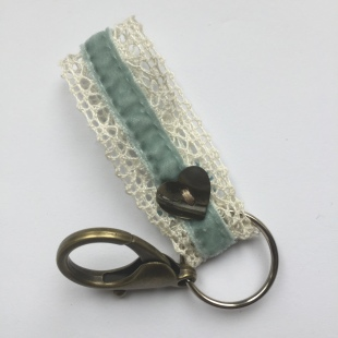 Key Ring Lace Heart