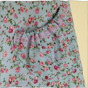 Reversible Apron Blue Rose Pocket