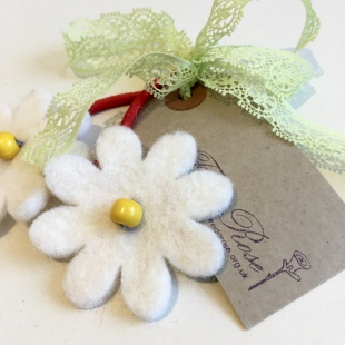 Fairtrade bobble Daisy A