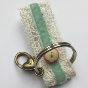 Key ring with heart clasp