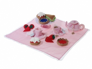 Oskar and Ellen Soft English Tea Set 4