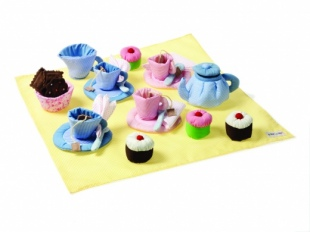 Oskar and Ellen Soft Tea Set Cupcakes 1