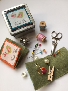 Handmand Handbag Sewing Tin