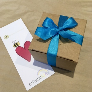 Irecycled gift box and bookmark